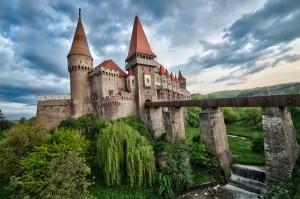 Castillos de Rumania: Castillo Corvin