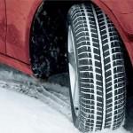 Como un conductor se prepara para el invierno